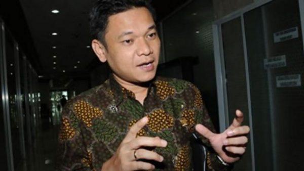 Cegah COVID-19, Ace Hasan Minta Pemerintah Batasi Pergerakan Warga Saat Libur Akhir Tahun