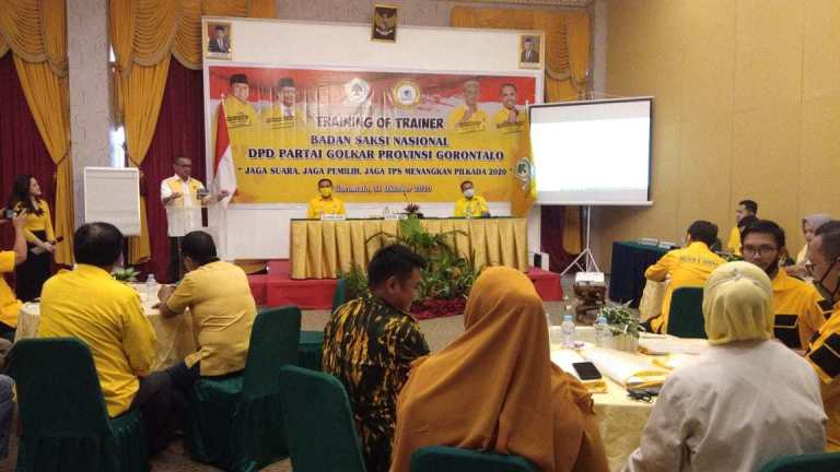 Pilkada 2020, Syarif Mbuinga Bekali Saksi di TOT BSN Golkar Gorontalo