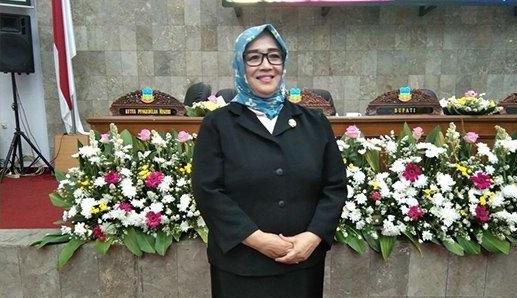 Ketua DPRD Euis Ida Wartiah Siap Jadi Ketua Golkar Garut
