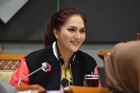 Sari Yuliati Sebut Dukungan DPP Golkar Untuk Mohan Roliskana-Mujiburrahman Sudah Final
