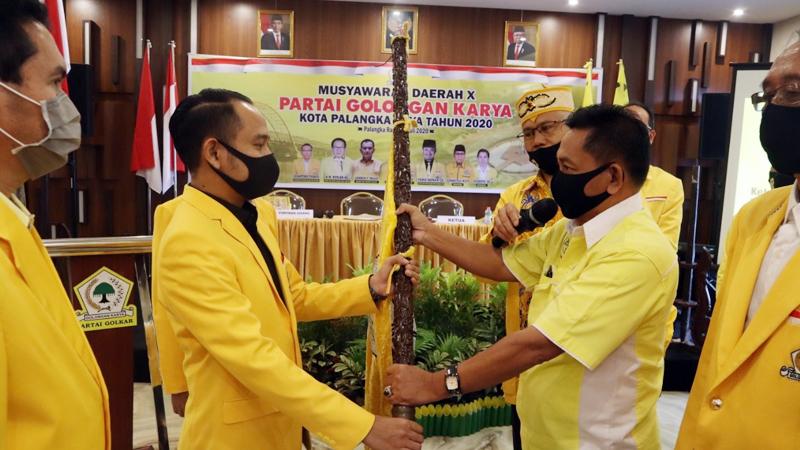 Terpilih Aklamasi, Walikota Fairid Naparin Kembali Pimpin Golkar Palangka Raya