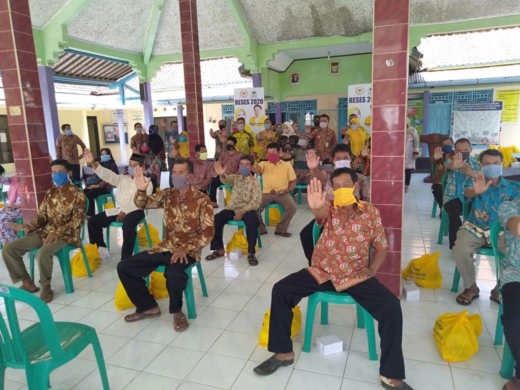Reses Di Cilacap, Tetti Rohatiningsih Blusukan ke Beberapa Desa di Nusawungu dan Binangun