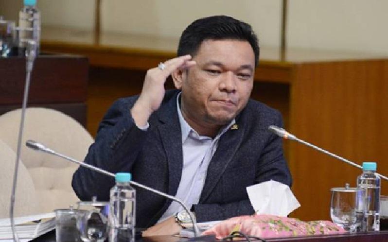 Ace Hasan Minta Kemenag Beri Perhatian Khusus 13 Jemaah Umrah RI Yang Positif COVID-19