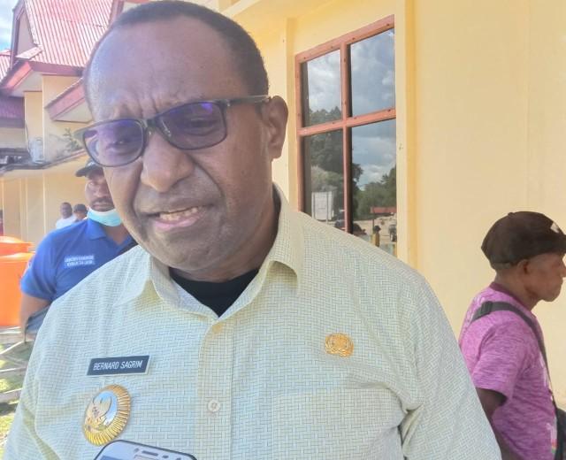 Dikabarkan Maju Pilgub Papua Barat, Bupati Maybrat Bernard Sagrim: Tak Ada Yang Susah di Republik Ini