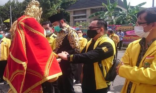 Mahdelmi Dt Barbangso Terpilih Aklamasi Pimpin Golkar Padang Panjang 2020-2025