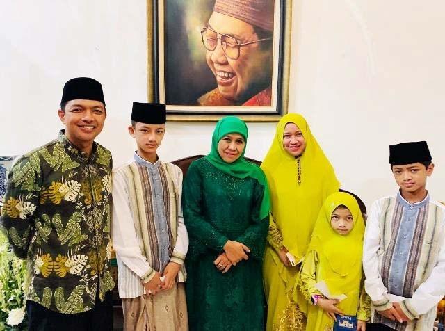 Milenial Kota Surabaya Puji Gus Hans Tokoh Muda Berprestasi Di Segala Bidang
