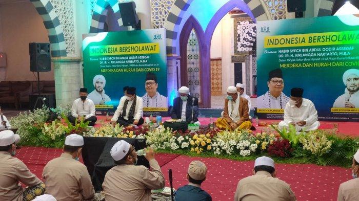 Bersholawat Bersama Para Kiai, Airlangga Hartarto Optimis Indonesia Keluar Dari Krisis Pandemi