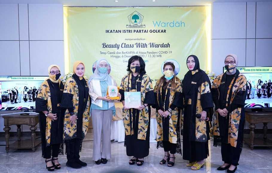 Dorong Kader Perempuan Golkar Jadi Enterpreneur, IIPG dan Wardah Gelar Beauty Class