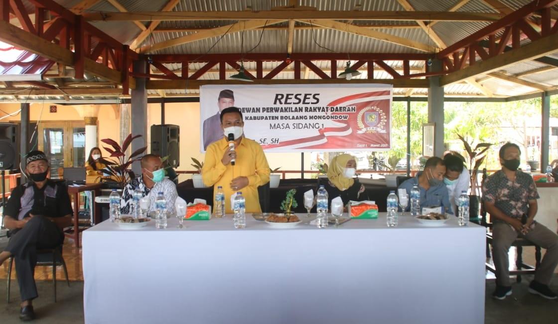 Reses dan Silaturahim di Pantai Desa Balbo, Sulhan Manggabarani Siap Perjuangkan Aspirasi Masyarakat