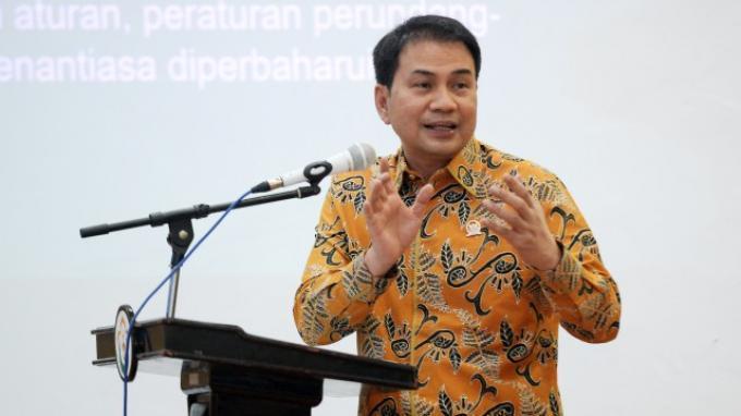 Azis Syamsuddin Minta Masyarakat Jeli Saring Isu PKI di Medsos Yang Kerap Jadi Hoaks