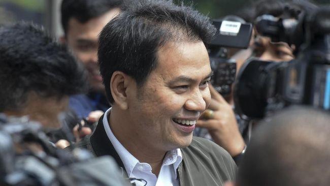 Demi Jaga Wibawa Golkar dan DPR, Ariady Achmad Desak Azis Syamsuddin Mundur