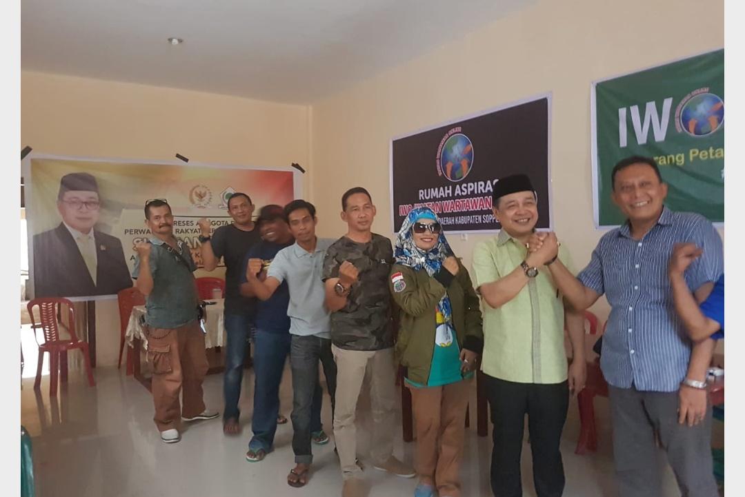 Kunjungi Soppeng, Supriansa Silaturahim Dengan Ikatan Wartawan Online