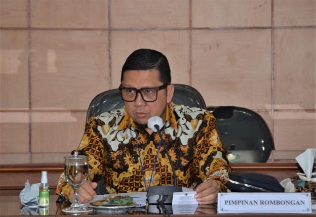 Kecewa Pelayanan Publik Lambat, Ahmad Doli Kurnia Dorong Pemkab Bogor Percepat Pembuatan e-KTP