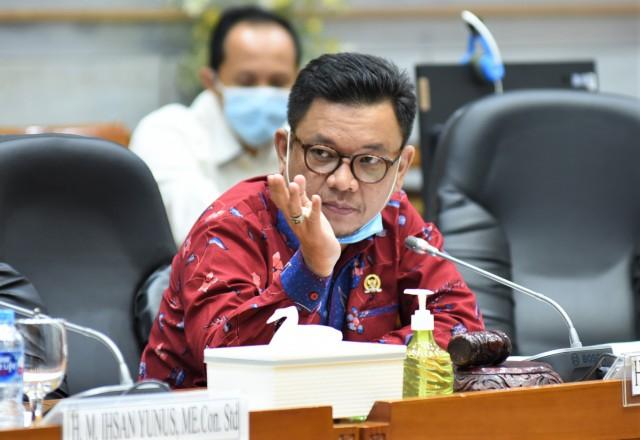 Ace Hasan Dukung Baznas Kelola Dana Zakat Perusahaan BUMN