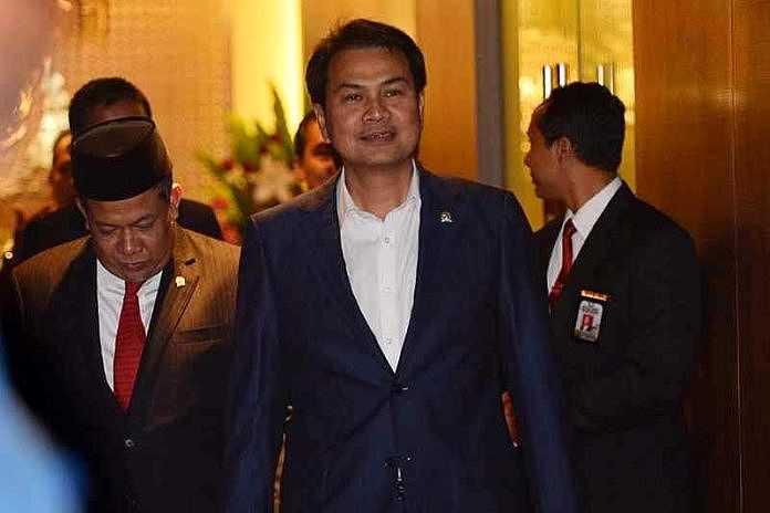 Azis Syamsuddin Minta Instansi Pemerintah dan BUMN Beli dan Pakai Alutsista Dalam Negeri
