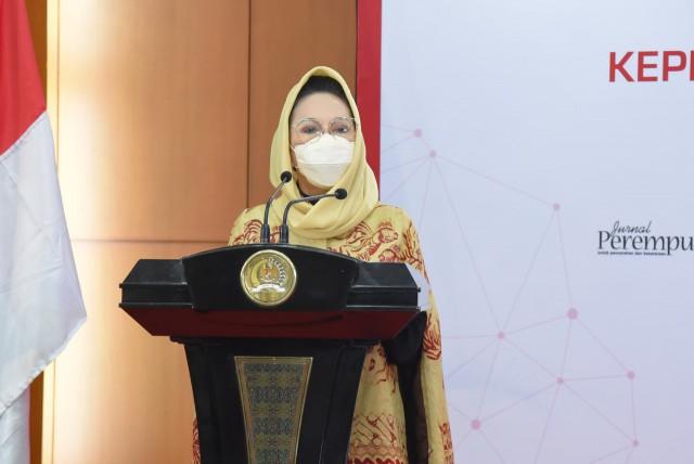 Dewi Asmara Ajak Perempuan Parlemen Manfaatkan Teknologi Digital Dalam Jalankan Tugas