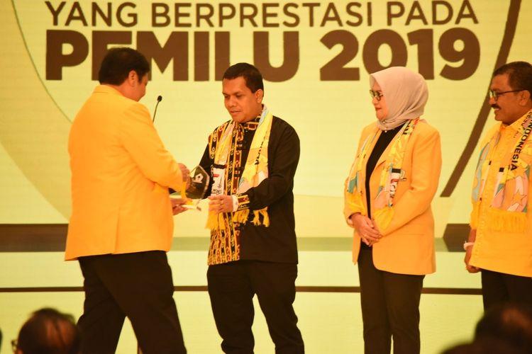 Menangkan Jokowi Hampir 90 Persen, Airlangga Beri Penghargaan Kepada Golkar NTT