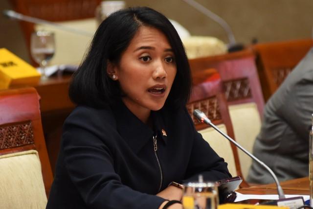 Puteri Komarudin Minta OJK Gencar Edukasi Kebijakan Keringanan Kredit
