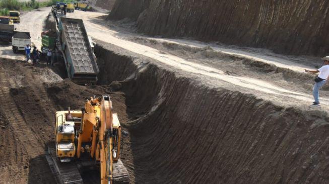 Nilai Tambang Pasir Ilegal di Subang Membahayakan Pekerja dan Lingkungan, Dedi Mulyadi: Hentikan!