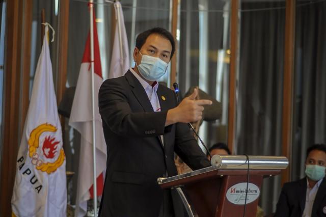 Azis Syamsuddin Minta Kemenaker Wajibkan Perusahaan Bayar THR Para Pekerja Sesuai Aturan
