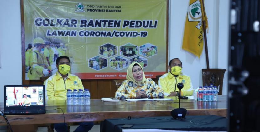 Ratu Tatu Chasanah Kerahkan Fungsionaris Golkar Banten Bantu Masyarakat Terdampak COVID-19