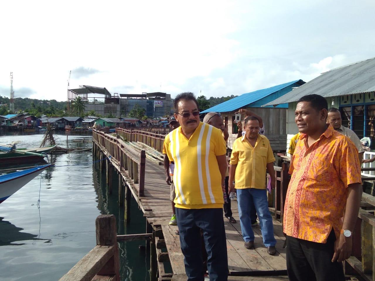Robert Kardinal Borong Hasil Kebun Sayur dan Umbi-Umbian, Mama Papua Terharu