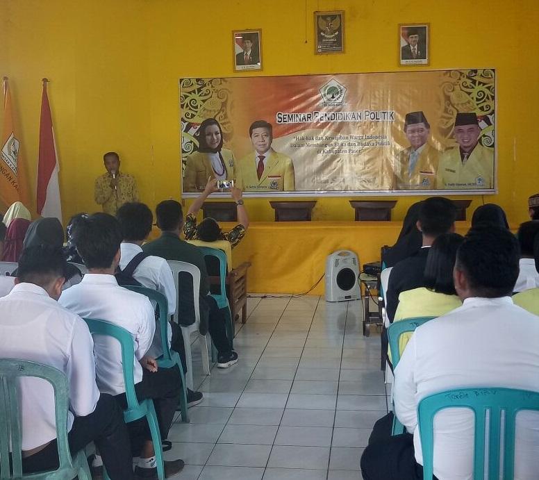 Golkar Paser Gelar Seminar Pendidikan Politik Untuk Kaum Muda