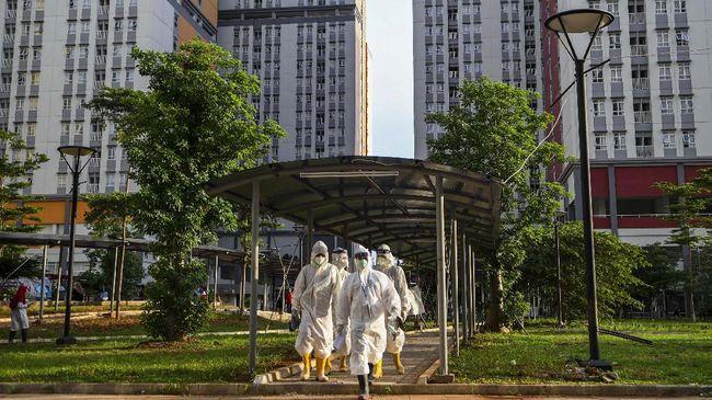 Atasi Pandemi, Menko Airlangga Ungkap Pemerintah Bakal Rekrut 10 Ribu Nakes di 141 Faskes