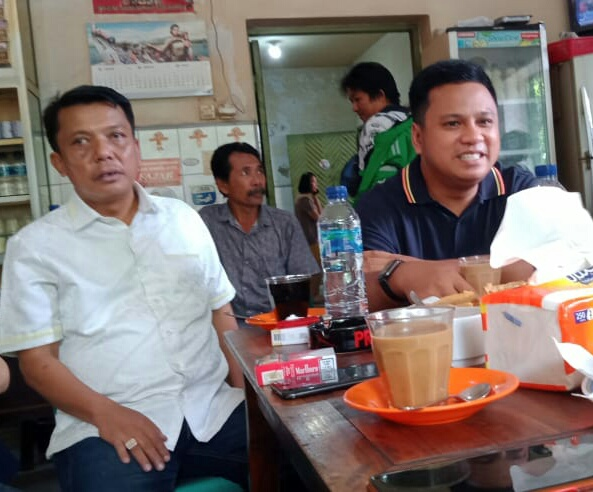 Zunnun Nurdin Halid Salurkan 1000 Paket Lebaran di Barrang Lompo Sangkarrang