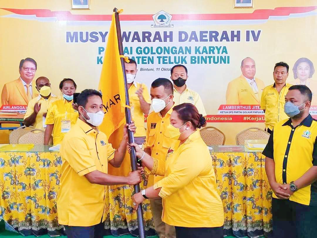 Terpilih Aklamasi Pimpin Golkar Teluk Bintuni, Yohanis Manibuy Siap Menangkan Airlangga dan Jitmau