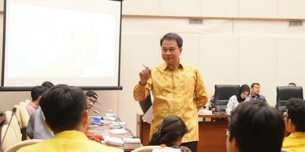 Bangun Citra Positif, Aziz Syamsuddin Ungkap DPR Bakal Kampanyekan e-Parliament