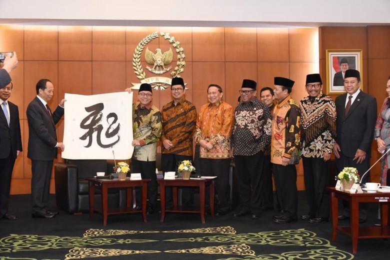 Mahyudin Ingin Pemerintah China Berlakukan Bebas Visa Untuk Indonesia