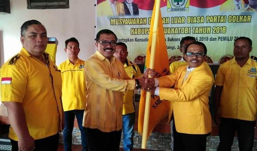 Arhawi Terpilih Aklamasi Pimpin Lagi Partai Golkar Wakatobi