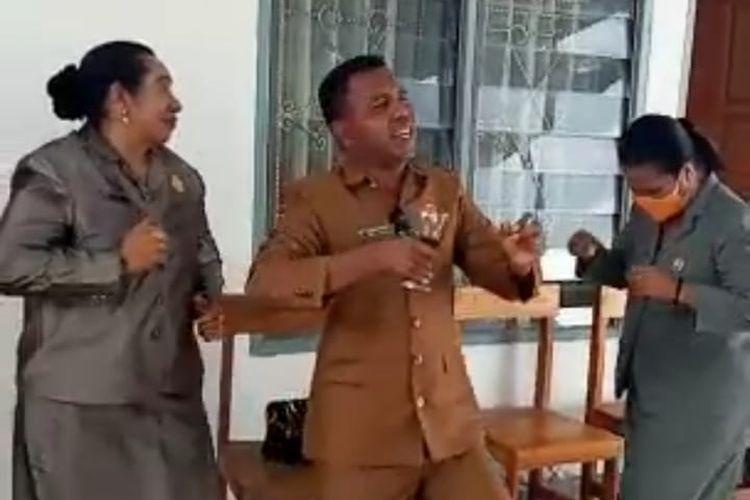 Viral Anggota Fraksi Golkar DPRD Malaka Joget Langgar Prokes, Golkar NTT Minta Maaf
