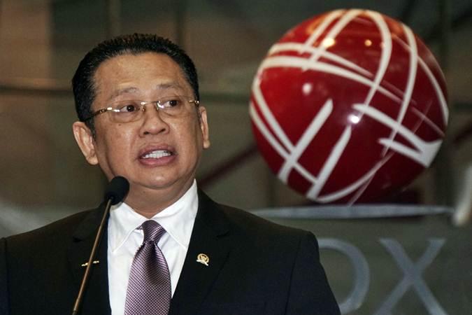 Bamsoet Dukung Kebijakan WNA Tak Boleh Masuk ke Indonesia