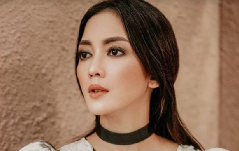 Webinar FPG DPR, Ririn Dwi Ariyanti Bicara Peluang Berkarya dan Menghasilkan di Media Sosial