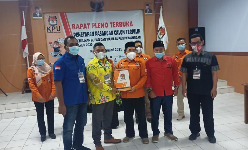 KPU Tetapkan Fadia Arafiq-Riswadi Sebagai Bupati dan Wakil Bupati Pekalongan Terpilih