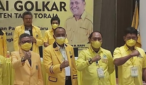 Victor Datuan Batara Umumkan Struktur Baru Golkar Tana Toraja, 92 Orang Masuk Kepengurusan