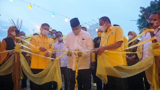 Kunjungan ke Prabumulih, Alex Noerdin Berikan Bantuan Sumur Bor dan PJUTS