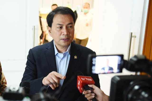 Insentif Belum Cair Dari Mei 2020, Azis Syamsuddin Minta Hak Para Tenaga Medis Jangan Dipersulit