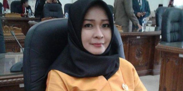 Ketua Fraksi Golkar DPRD Barito Selatan, Nyimas Artika Minta Kualitas dan Peran Ibu Terus Ditingkatkan