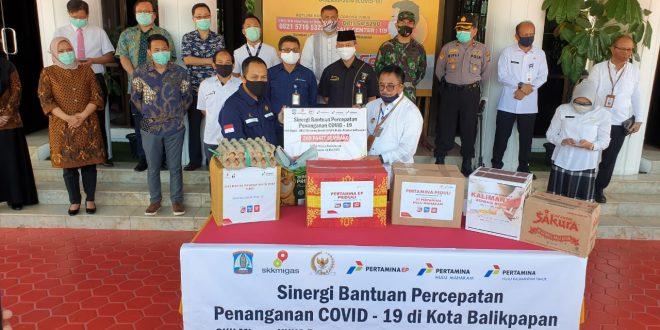 Gandeng SKK Migas, Rudy Mas'ud Bagikan Ribuan APD, Masker dan Hand Sanitizer di Balikpapan