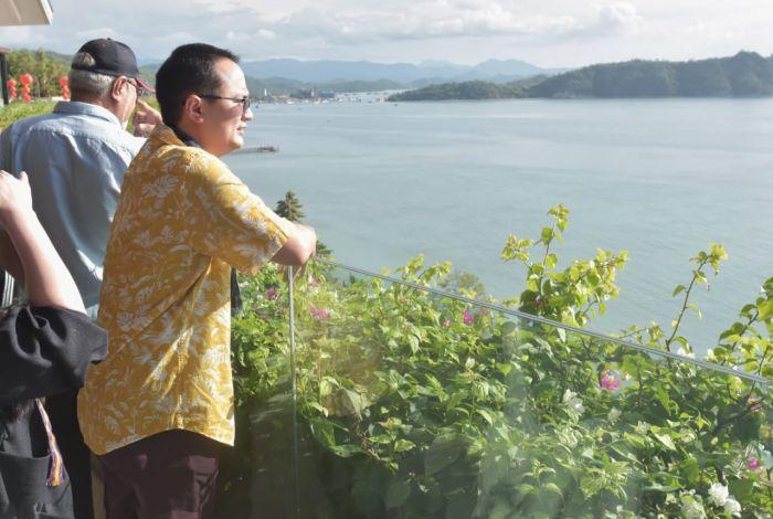 Dorong Warga Labuan Bajo Sejahtera, Wamendag Jerry Sambuaga Usung Wisata Super Premium