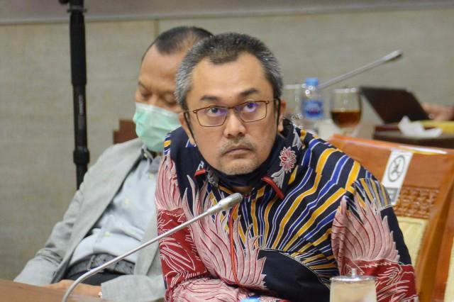 Andi Rio Idris Padjalangi Minta Kapolri Tindak Tegas Kapolsek Astana Anyar Yang Salahgunakan Narkoba