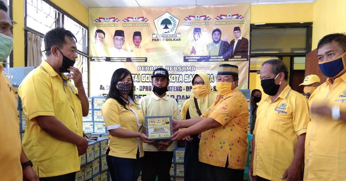 Sutrisno Supriantoro Pimpin Golkar Salatiga Bagikan 500 Paket Sembako Untuk Masyarakat