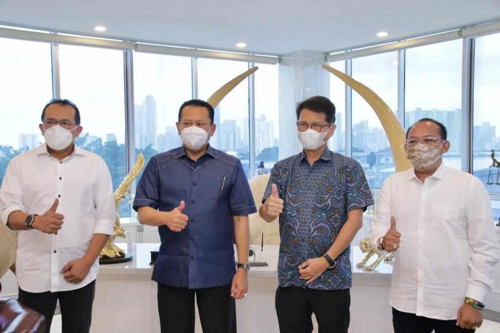 Bamsoet Dorong Indofarma Perbanyak Fasilitas Swab Drive Thru Di Titik-Titik Strategis di Pusat Kota