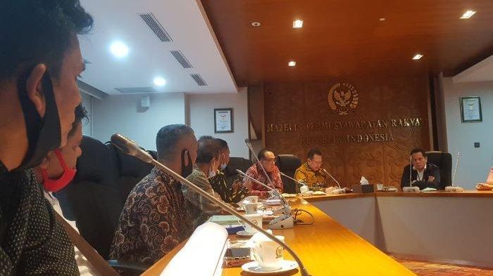 Bamsoet Siap Bantu Petani Deli Serdang Tuntaskan Sengketa Lahan Simalingkar Dengan PTPN II