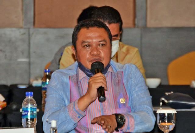 Penuhi 100 Persen Kebutuhan Nasional, Lamhot Sinaga Minta PT Pupuk Indonesia Tingkatkan Produksi