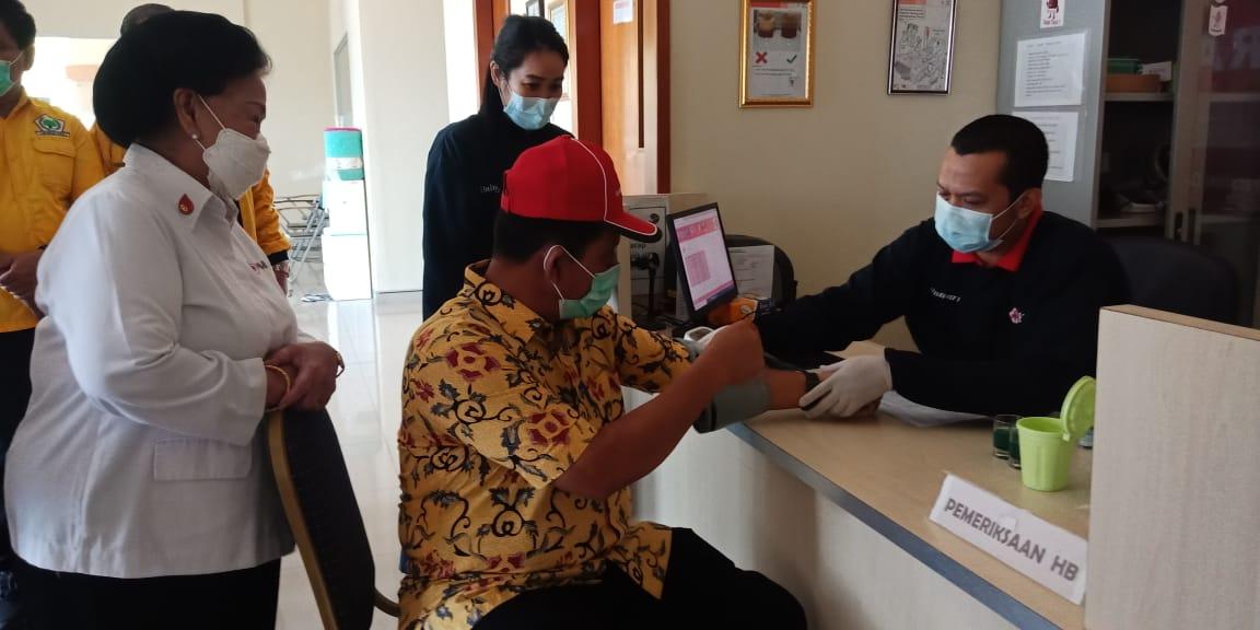 Targetkan Ratusan Kantong Darah, Golkar Kepri Peduli Gandeng PMI Gelar Aksi Donor Darah