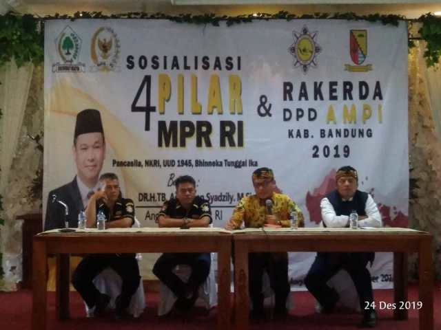 Ace Hasan Ajak AMPI Cari Formulasi Khusus Sosialisasikan Pancasila Untuk Anak Muda